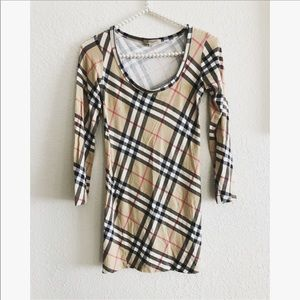 Burberry London fitted top sz: Small
